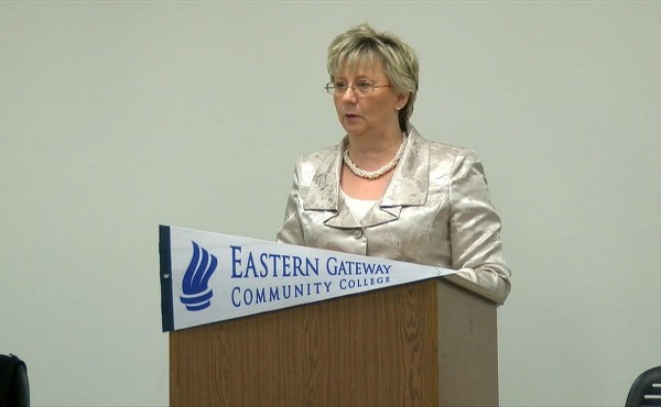 Eastern Gateway presidential finalist visits Youngstown campus_126435