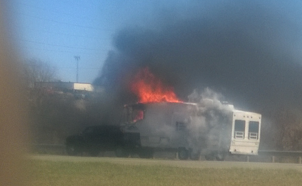 I-80E shut down near camper on fire in Weathersfield, Ohio_137834