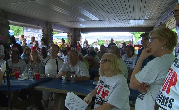 Rally in the Austintown Park_150054