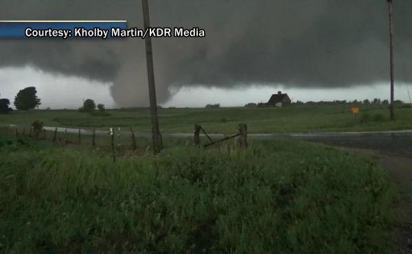 Illinois-tornado_155524