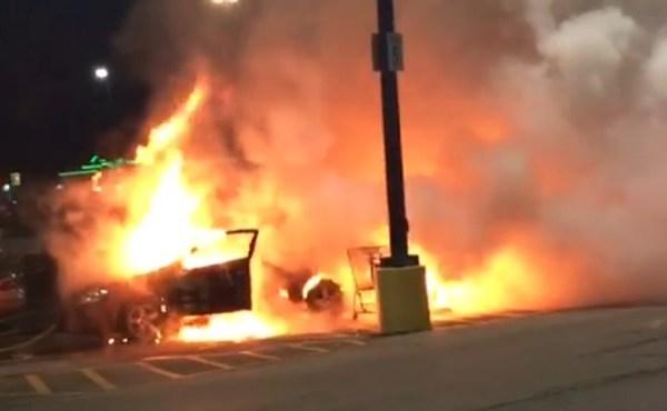 bazetta car fire_201329