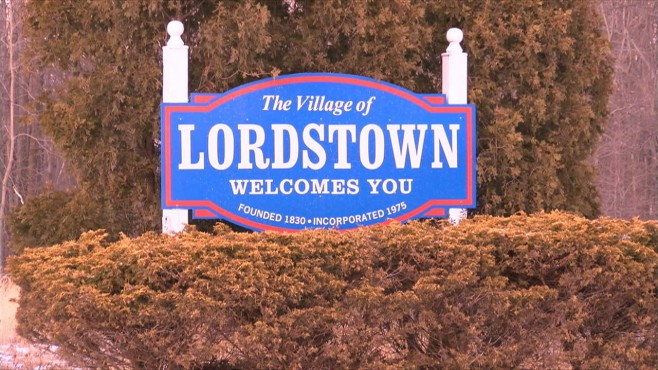 lordstown ohio village sign_198745