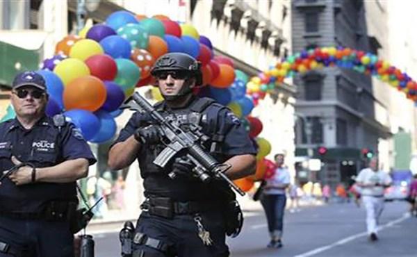 pride-parade-security_235537