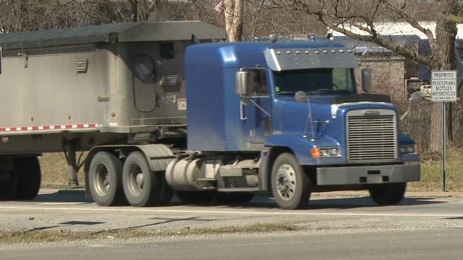 semi truck generic_324173