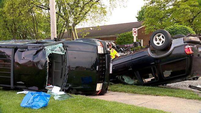 YOUNGSTOWN CAR CRASH_358002
