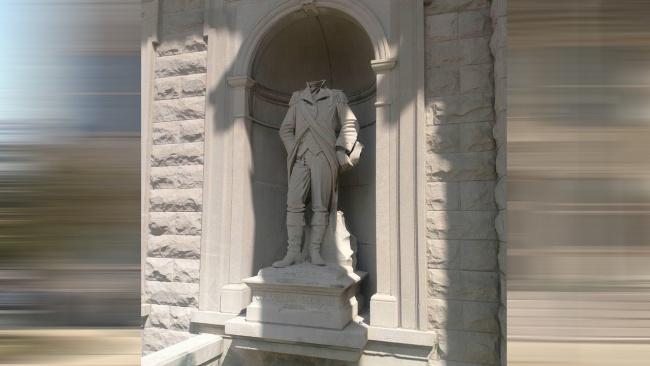 Crawford statue beheaded_409845