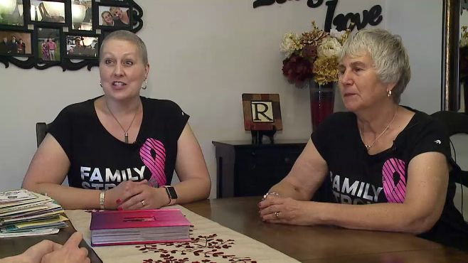 mom-daughter-cancer_446556