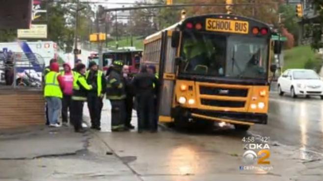 new-castle-school-bus-crash_450047