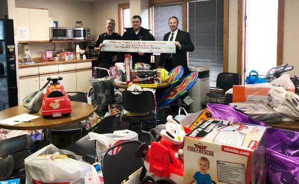 Trumbull County Sheriff's Toy Drive for CSB_477076