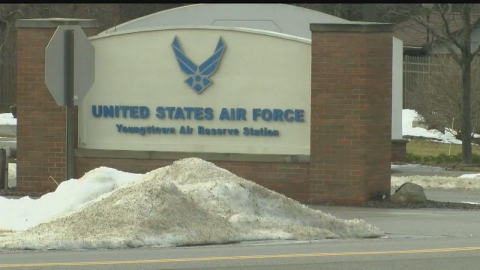 Government shutdown grounds Youngstown Air Reserve Station