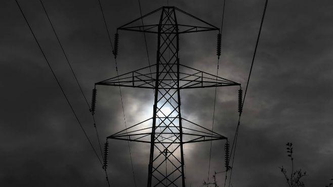power-lines_486468