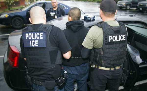Immigration Deportation_512695