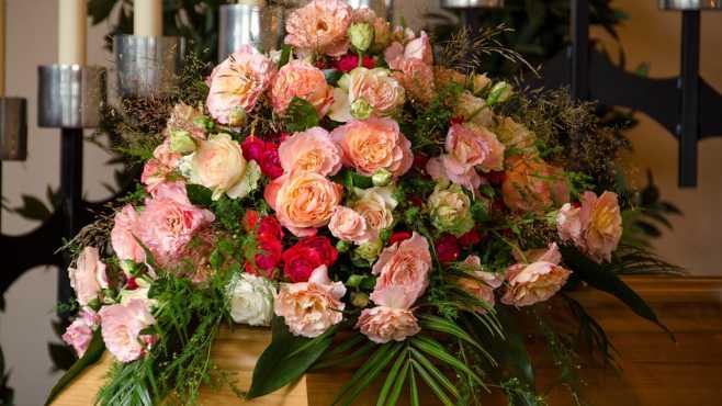 funeral flowers generic