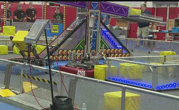 Off-season robotics competition in Austintown