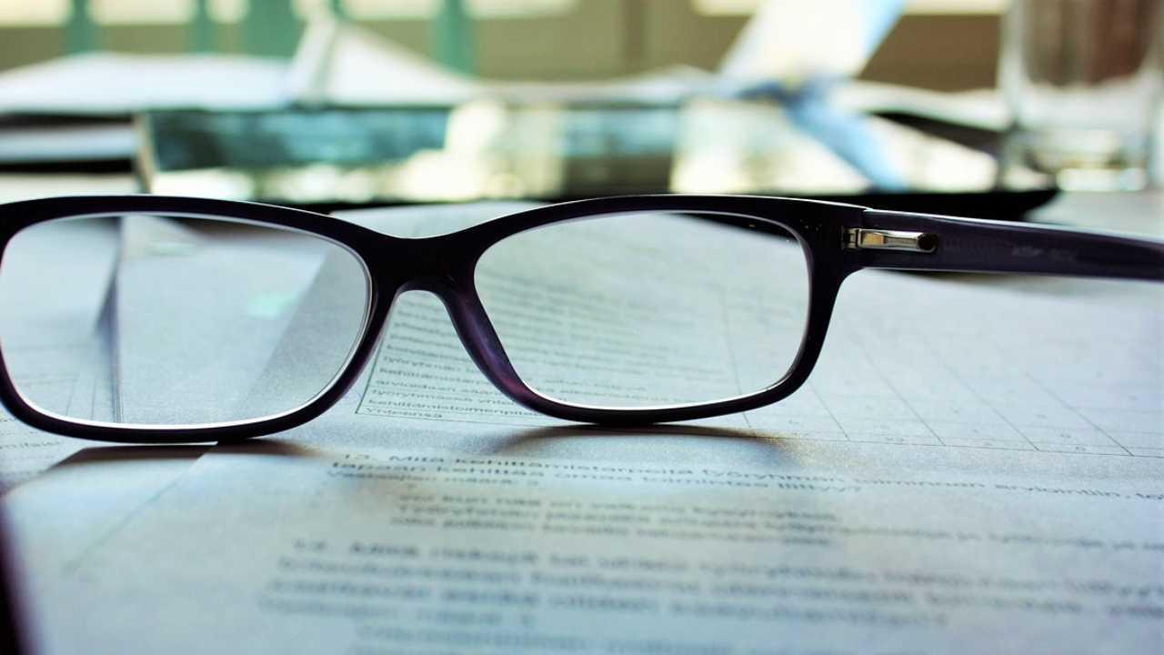 Glasses, generic