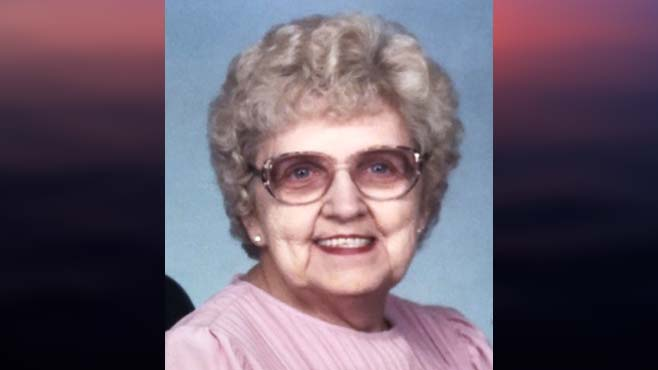 Clara B. (Candioto) Helle, New Middletown, Ohio – obit