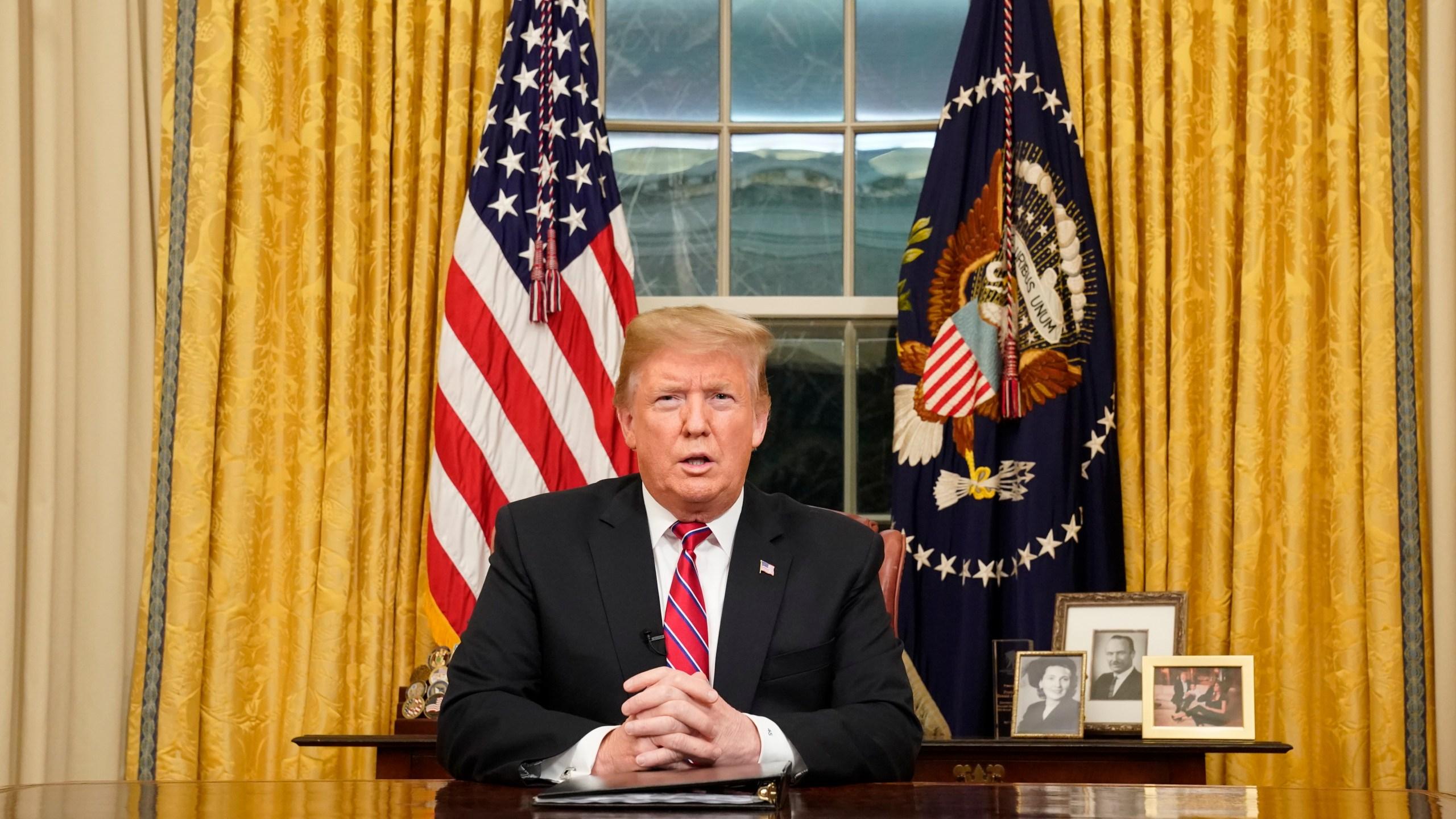 APTOPIX_Government_Shutdown_Trump_85773-159532.jpg57411370