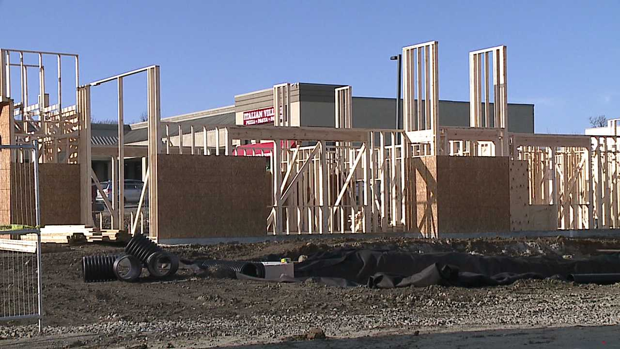 New Raising Cane S Chicken Building Going Up In Boardman