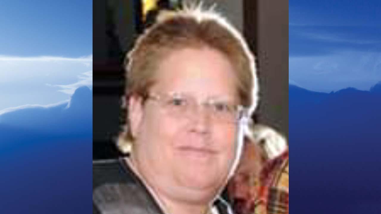 Cindy V. Connors, Cortland, Ohio - obit