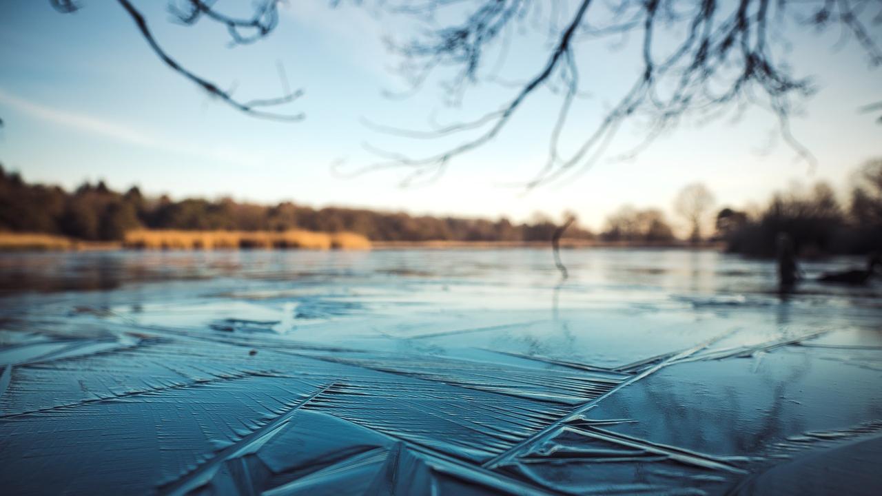 frozen-lake-generic-_1552220377613.jpg