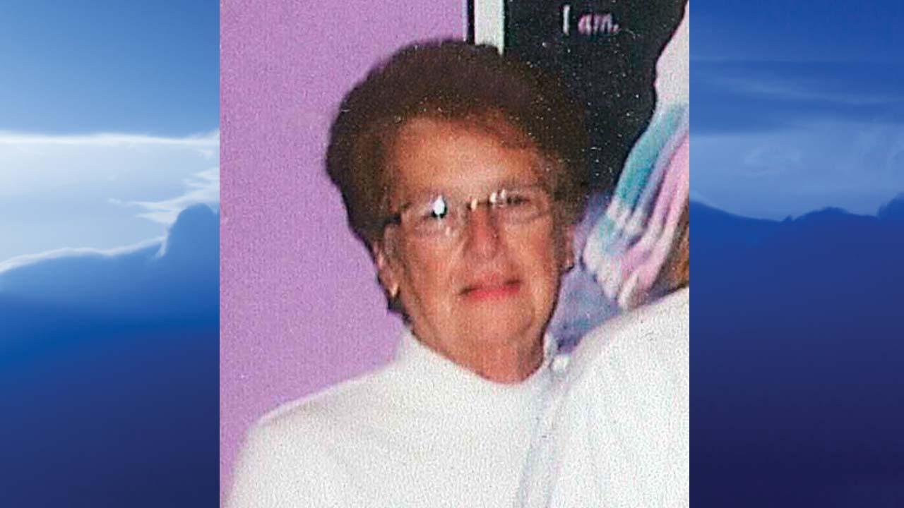 Thelma F. Blake, Warren, Ohio - obit