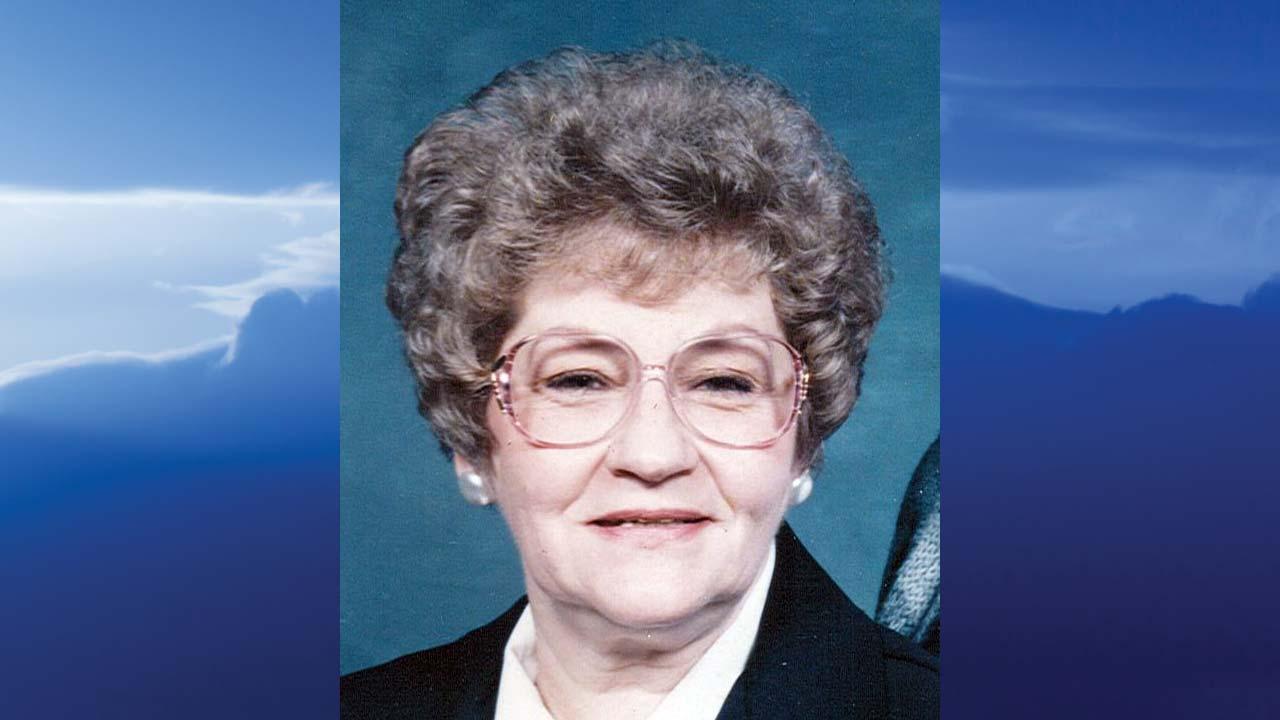 Carol S. Carter, Cortland, Ohio - obit