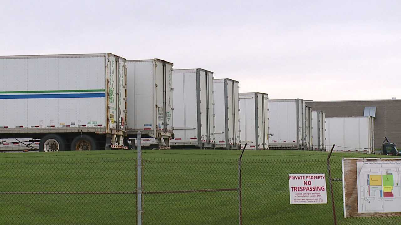 Companies offer help to Falcon Transport truckers now out of