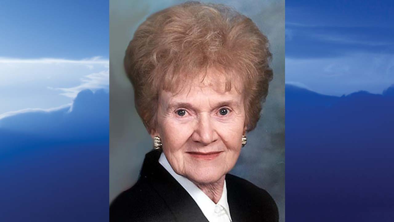 Lillian Klus, Austintown, Ohio - obit
