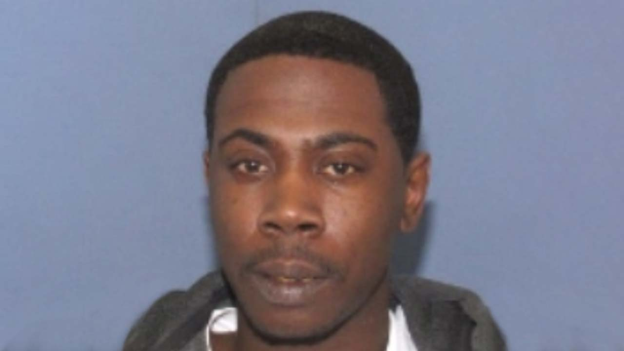 Marcel McGowan, wanted for drug trafficking and escape in Lake County and Cuyahoga County, Ohio