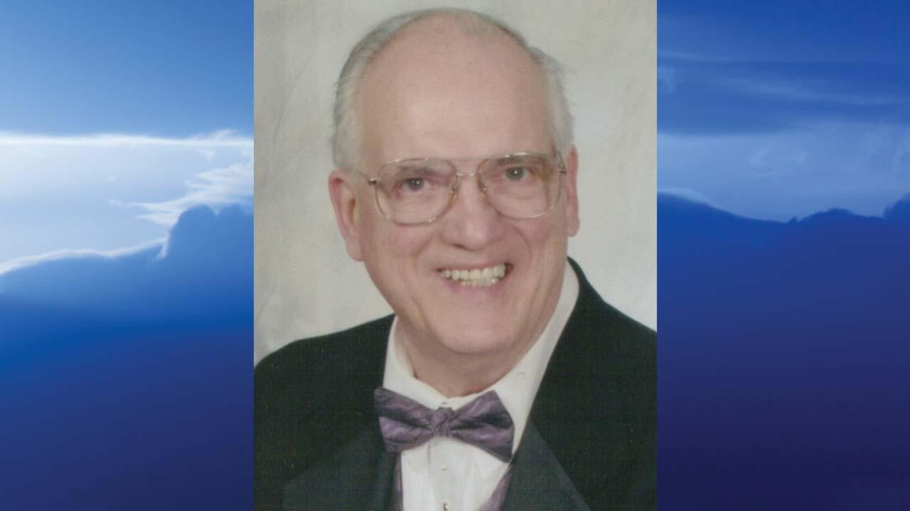 Robert L. Hambach, Jr., Howland Township, Ohio – obit
