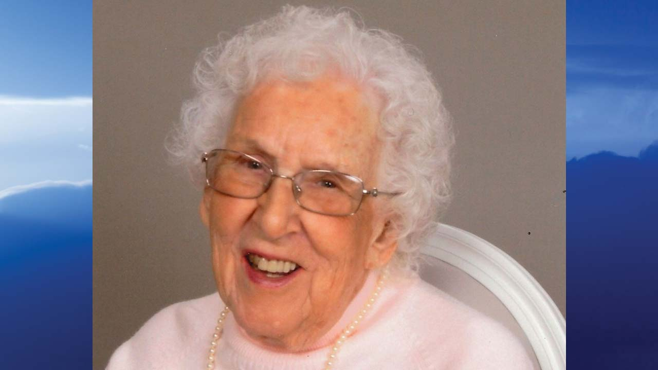 Alice M. Macalla, Austintown Ohio-obit