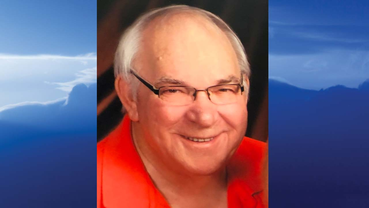 Dean Burns, Struthers, Ohio - obit
