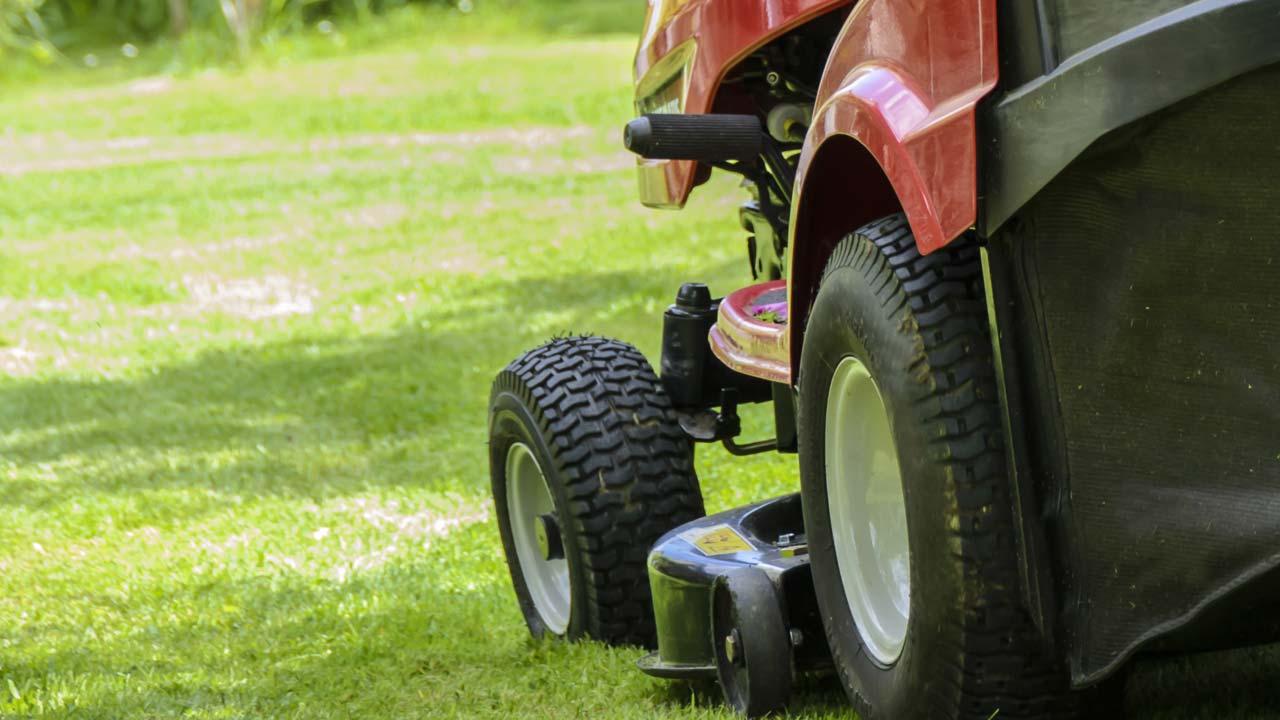 Lawn mower - generic
