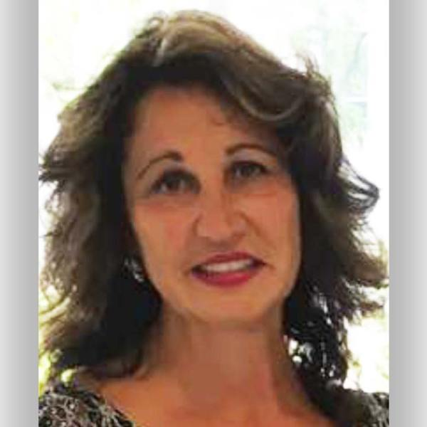 Lucy Nicastro is running for Hermitage City Commissioner.
