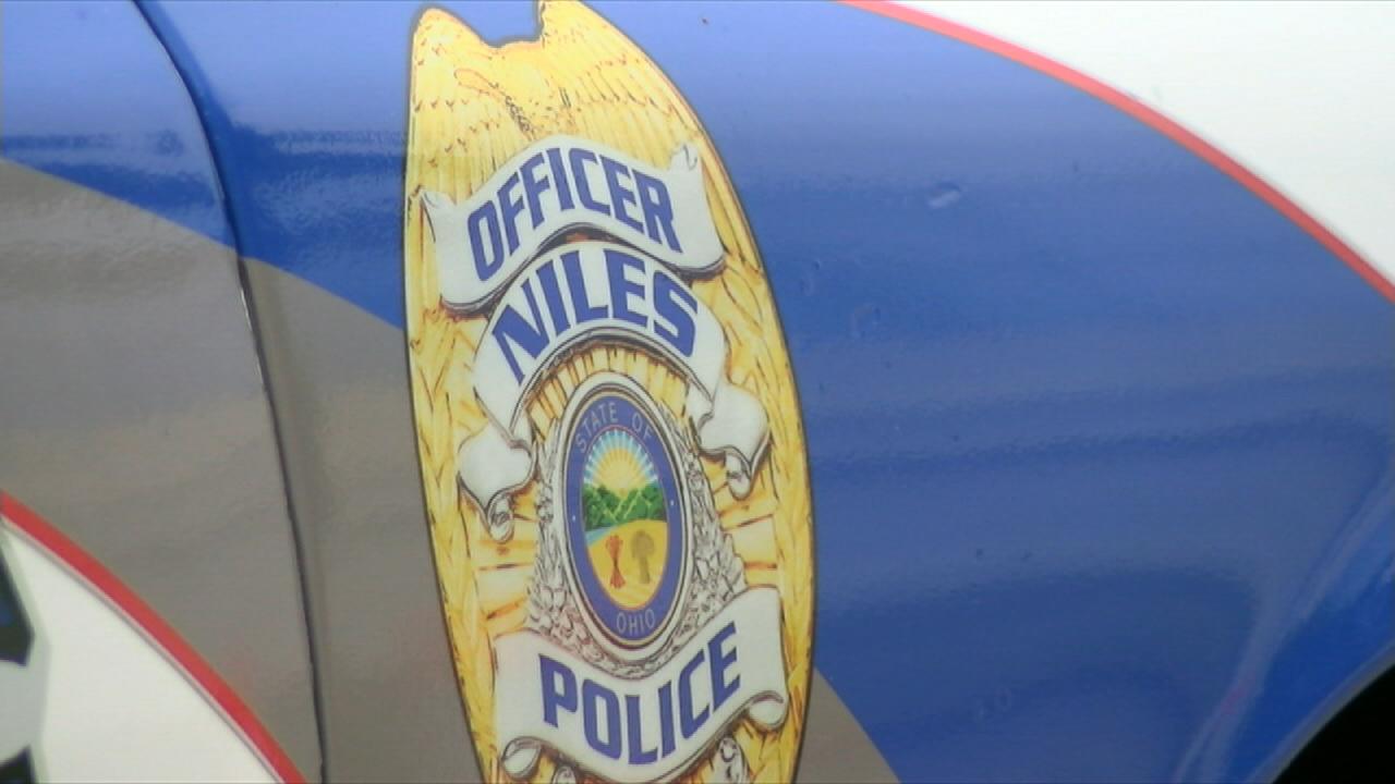 Niles Police patrolman_312700