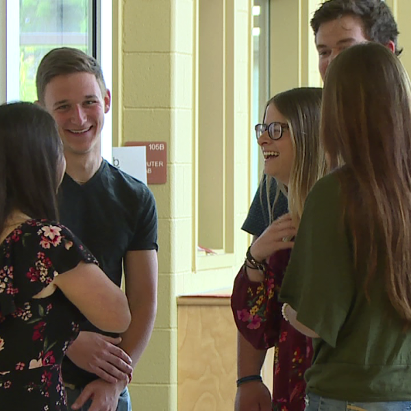 2 sets of triplets graduating from Niles McKinley High School