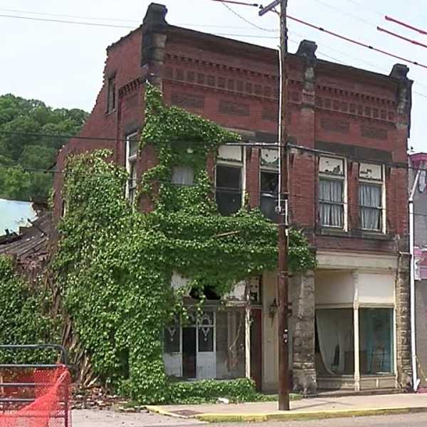Shingler's Jewelry store, Wellsville, building collapse