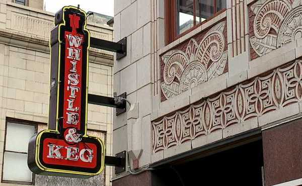 whistle keg downtown youngstown_437211