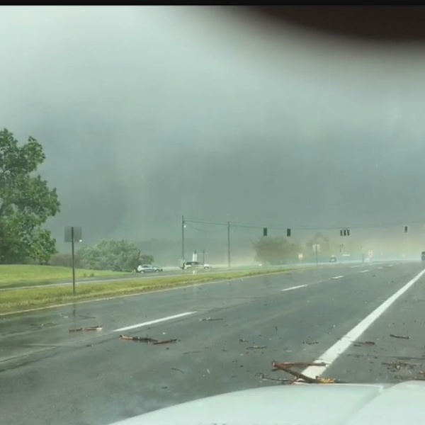 Possible tornado SR 82