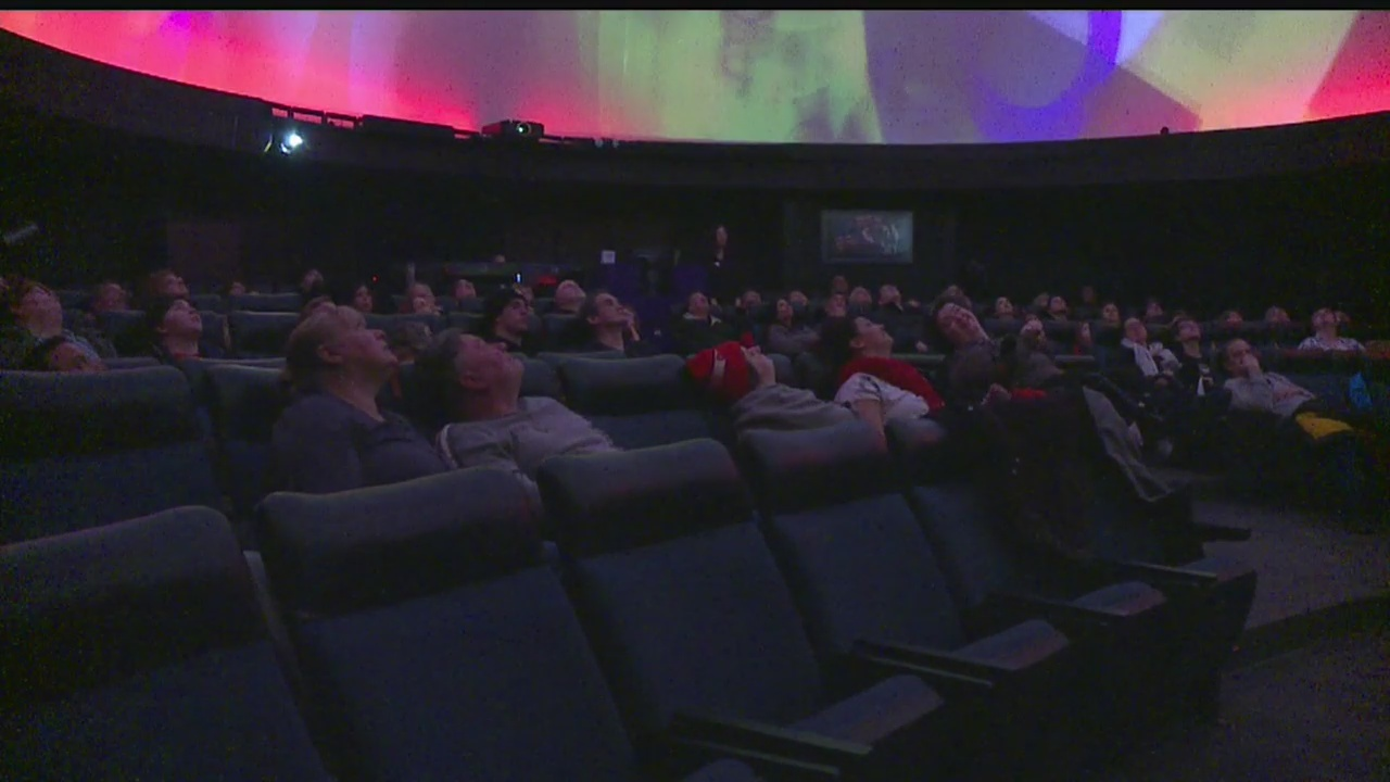 YSU_Planetarium_welcomes_guests_with_cla_0_20190126045409
