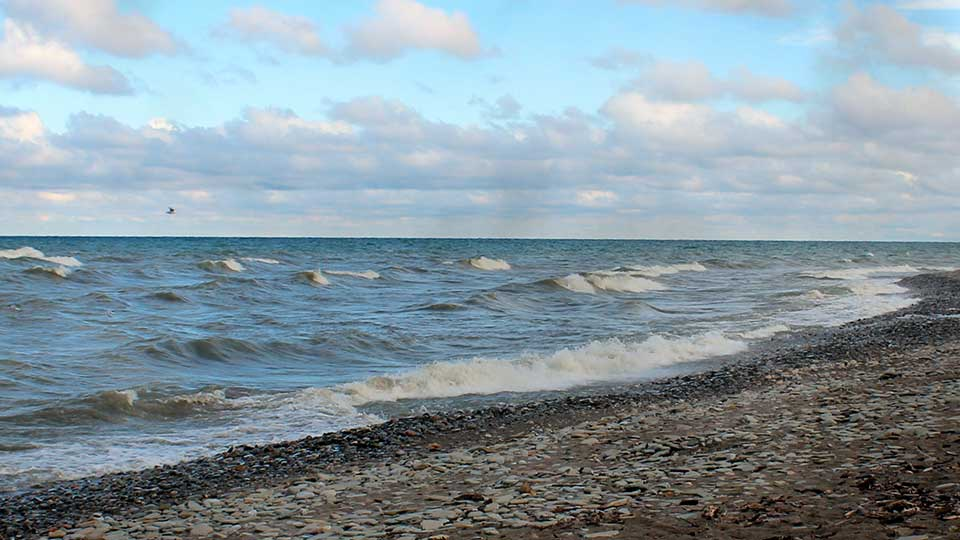 A look of Lake Erie from the shoreline.