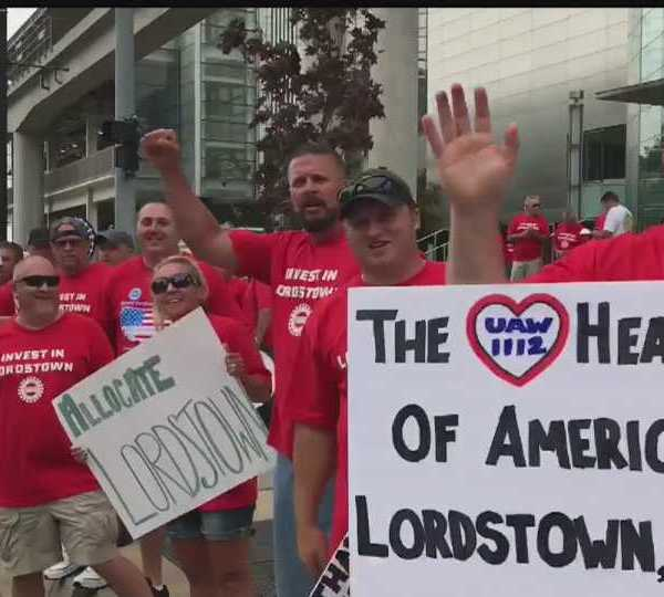 GM Lordstown workers rally in Detroit