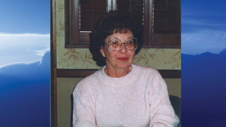 Julia P. Emch, Warren, Ohio - obit