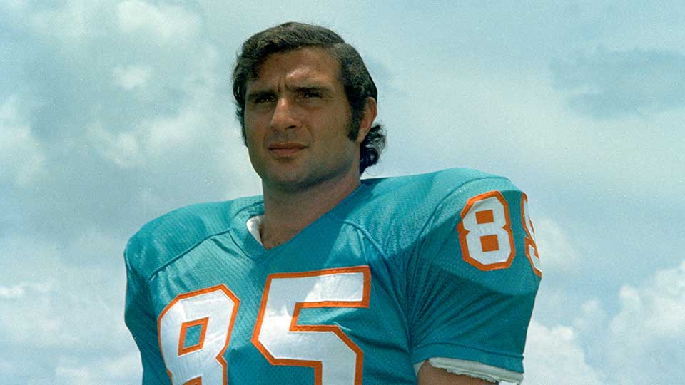 Nick Buoniconti, linebacker with the Miami Dolphins, 1972.
