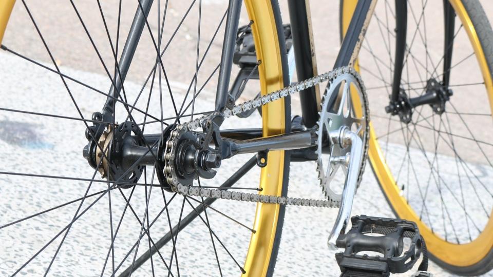 Omg! Daring Cyclists Strip Off for World N*ked Bike Ride