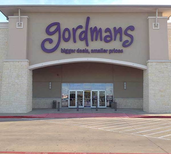 Home retailer franchise Gordmans will be opening a location in Greenville this September, and the store is hiring.