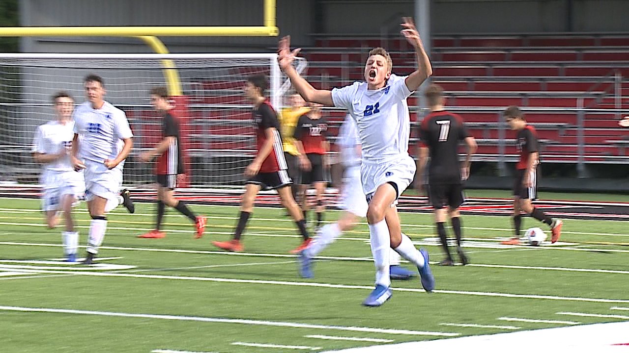 Joshua Collins scored the winning goal in the second half for the Bulldogs.
