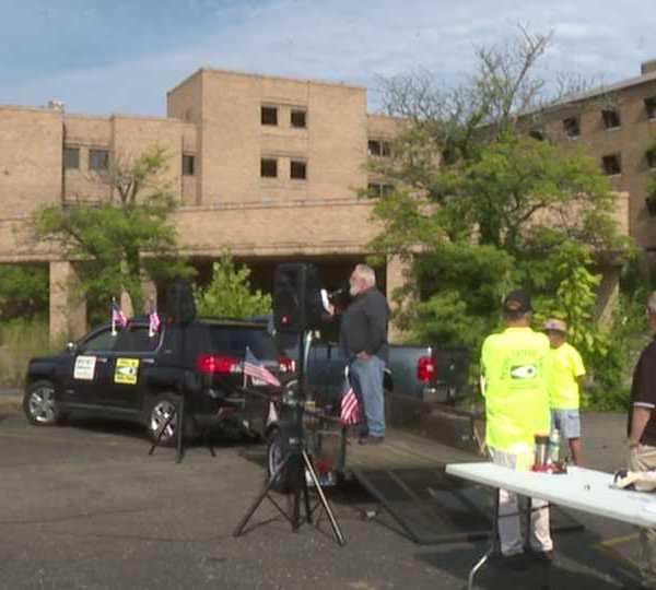Old St. Joe's Hospital demolition rally, Warren