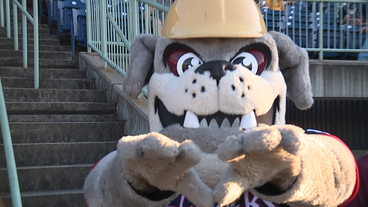 scrappers rally for first three game sweep of the season