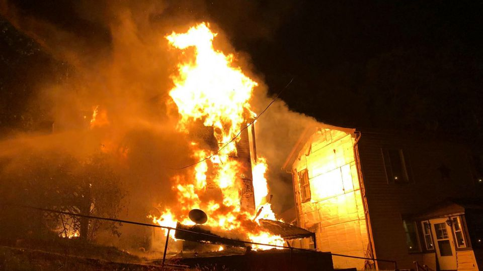 East Liverpool fire damages three houses